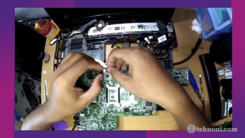 Buka Keyboard Laptop HP